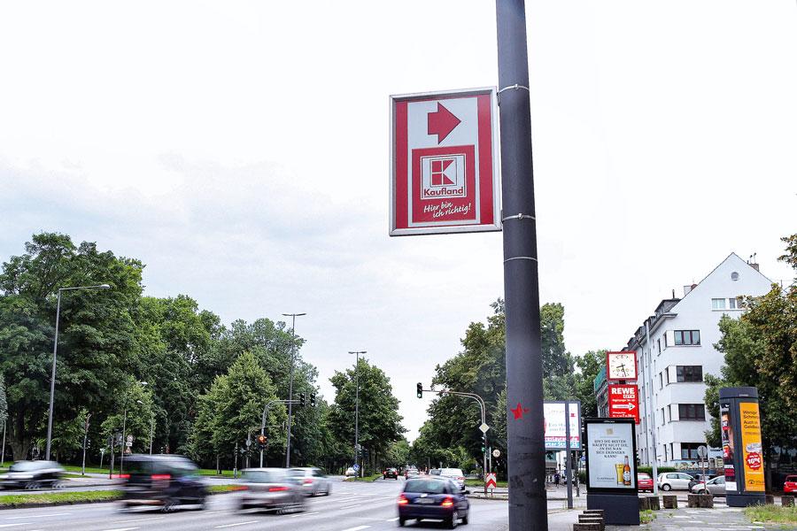 AUPRION-Hinweisschild-Mastschild-Wegeleitsystem-