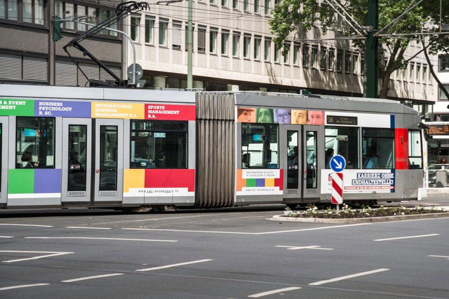 AUPRION-Verkehrsmittelwerbung-Strassenbahnwerbung-Duesseldorf