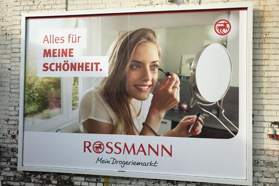 AUPRION-Werberahmen-18-1-Grossflaeche-Filialmarketing