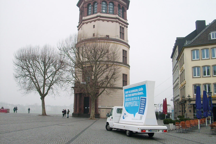 MotorPoster-Aktionsmedien-Duesseldorf-Burgturm