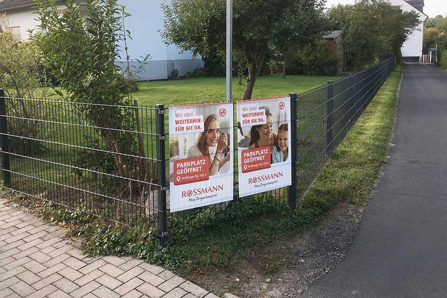 AUPRION-Baustellenplakatierung_individuell_Kassel_Hinweismedium_Aktionsmedium
