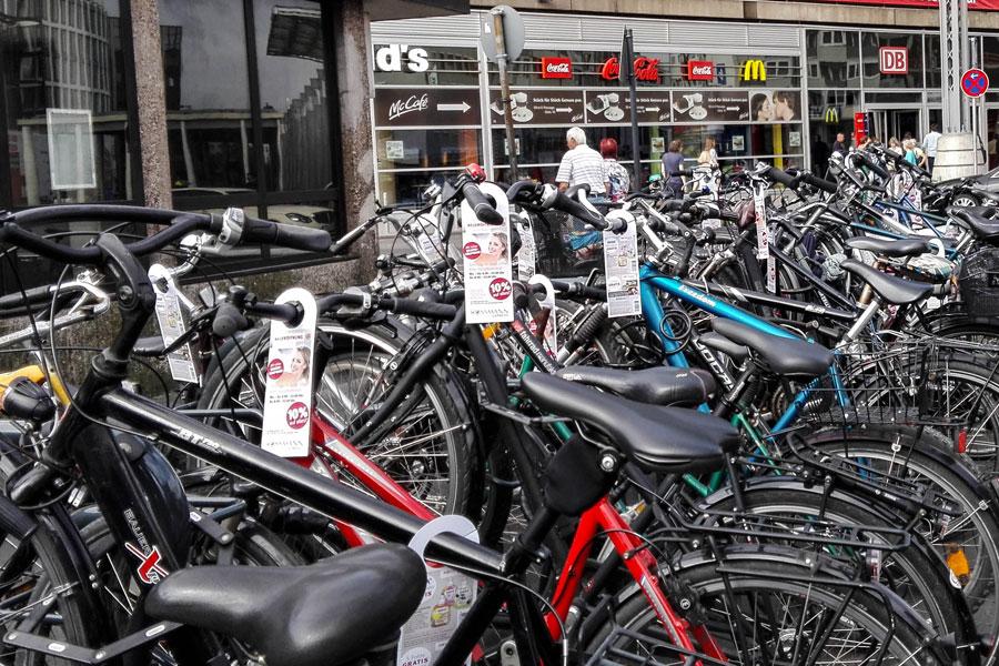 AUPRION-Guerilla-Medien-Bikecards-Fahrradanhaenger-koeln
